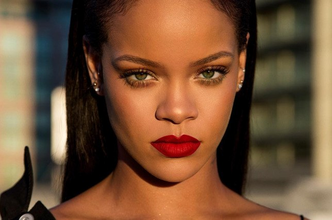 Rihanna Is Working On A New Album