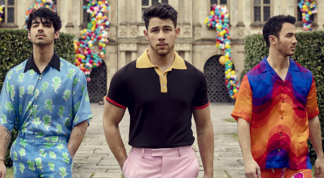 """Sucker"" by The Jonas Brothers Is Ranked Number One Single in the US"