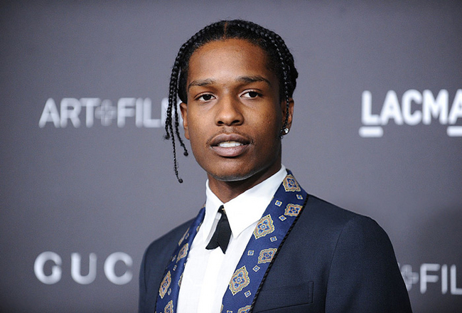 "A$AP Rocky Brings Back To Life The ""Mannequin Challenge"" In His New Music Video"